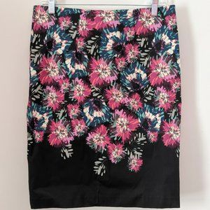 Elle Pencil floral print skirt, like new, size 8